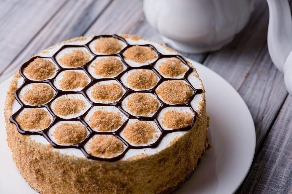 Торт медовик: классический рецепт